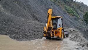 Jammu-Srinagar highway blocked due to landslides;...