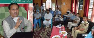 DC Baramulla visits Fruit Manndi Sopore