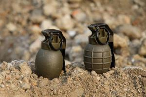 Four civilians injured in grenade attack in Pulwa...