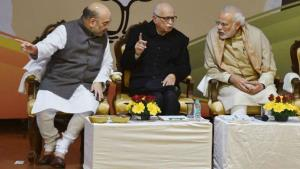 Election Results 2019 | Advani congratulates Modi...