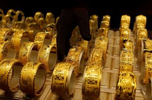 Gold rises tracking firm trend overseas; silver g...