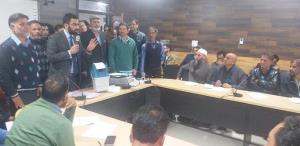 General Elections 2019: DEO Pulwama inspects EVM ...