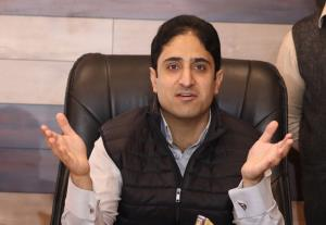 JKPC says it ends association with ex-Srinagar Ma...