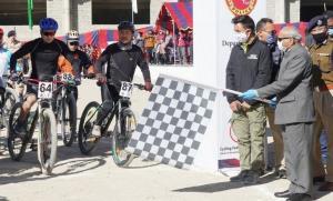 LG flags off Ladakh Cycle Race