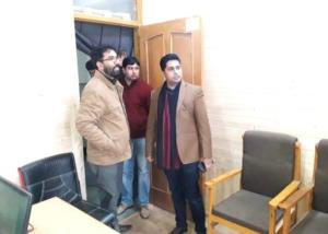 DDC Shopian conducts surprise inspection of Gover...