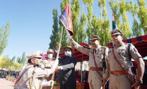 Ladakh LG unveils Ladakh Police's Flag, Formation...