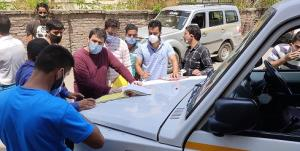 ARTO Pulwama conducts Vehicle Checking Drive