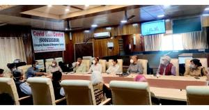 DC Srinagar chairs meeting of committee members, ...