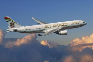 Etihad becomes 1st major airline to operate plast...