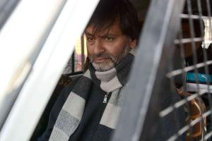 JKLF chief Yaseen Malik detained in Srinagar