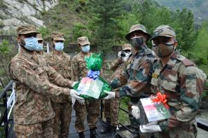 India, Pakistan armies exchange sweets at LoC on ...