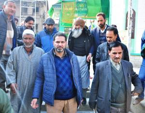 ADC Baramulla visits Dargha Aaliya, reviews Milad...