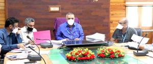 Director Agriculture Kashmir reviews implementati...