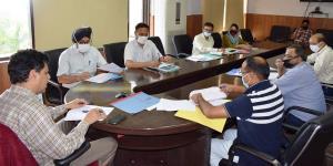 Div Com Jammu reviews land acquisition cases for ...