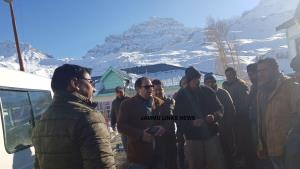 LAHDC Kargil Executive Councillors inspect snow c...