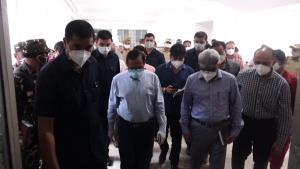 Advisor Bhatnagar visits GMC Jammu