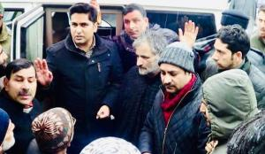 DC Shopian visits snow affected areas