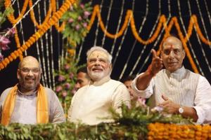 PM Modi, Rajnath Singh greets Home Minister Amit ...