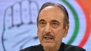 Ahead of J&K visit, Azad questions connectivity i...