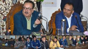 Navin Choudhary, Pandurang Pole take stock of pub...