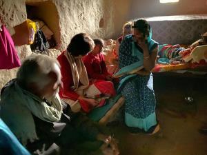 Priyanka Gandhi meets Unnao victim