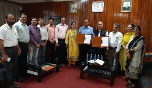 JU and IIIM Jammu sign MOU to foster collaboratio...
