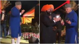 Watch Farooq Abdullah groove to