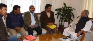 LAHDC Kargil delegation meets Governor