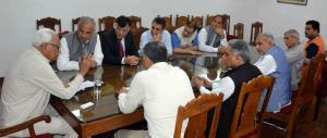 PDP delegation meets Governor N N Vohra over Arti...