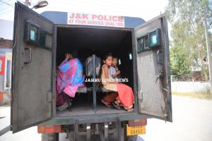 40,000 border residents in Jammu migrate amid war...