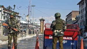 Security tightened in Kashmir ahead of Republic D...