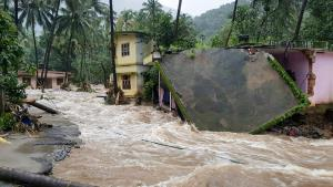 PM to visit Kerala to take stock of flood situati...