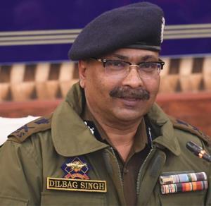 J&K DGP sanctions scholarship to 38 police wards