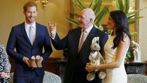 Australia gives first gifts for Prince Harry, Meg...