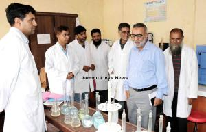Director Agriculture inspects quality control labs