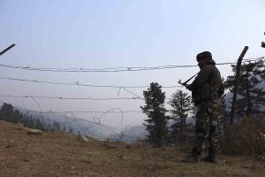 1 jawan martyred, 7 injured in an IED blast in Po...