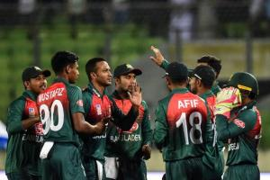 Bangladesh players go on strike before India tour...