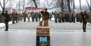 Tributes paid to Army jawan martyred in encounter...