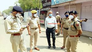 SSP visits RS Pura, reviews lockdown measures