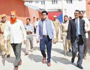 Principal Sessions Judge Shopian visits correctio...