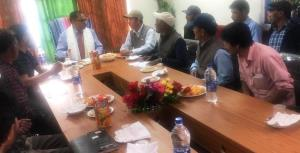 Director Horticulture Kashmir reviews status of d...