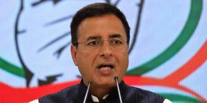 Congress slams govt over terror attacks in J&K, d...