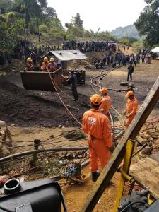5 days on, efforts to trace trapped miners in Meg...