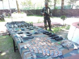 Pak weapons recovered from infiltrators in Tangdh...