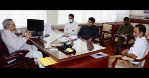 Advisor Khan for highlighting achievements of loc...
