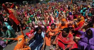 Anganwadi workers protest in Jammu