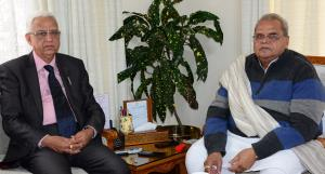 D C Raina meets Governor