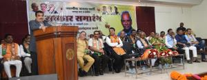 Nitin Gadkari  accuses Shiv Sena of betraying BJP...