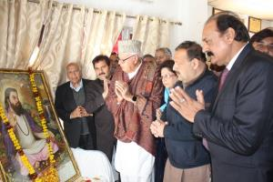 Promote peace, eschew tendencies of hate: Farooq