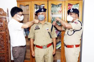 DGP decorates newly promoted DySPs